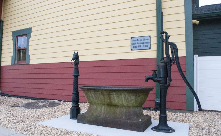 This watering trough is one that was used to water horses in downtown Toccoa in the late 1800s.